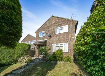 Thumbnail 4 bed detached house to rent in Court Crescent, East Grinstead