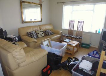Thumbnail 2 bed flat to rent in Summer Road, South Croydon