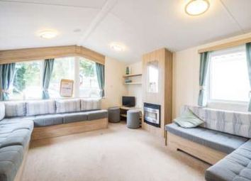 Thumbnail 2 bed mobile/park home for sale in Howards Common, Belton, Great Yarmouth