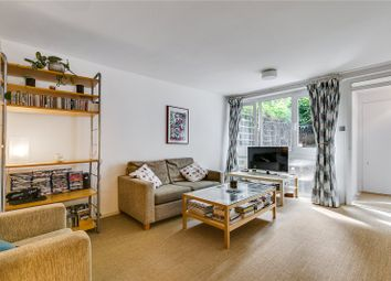 2 bed maisonette for sale in Hedingham Close, London N1