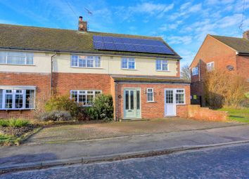 Thumbnail 4 bedroom property to rent in Sibley Avenue, Harpenden, Hertfordshire