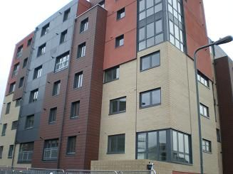 1 bed flat to rent in 1-7 Bramley Crescent, Gants Hill IG2