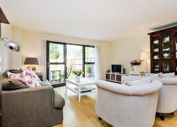 Thumbnail 4 bed terraced house for sale in Scott Avenue, London