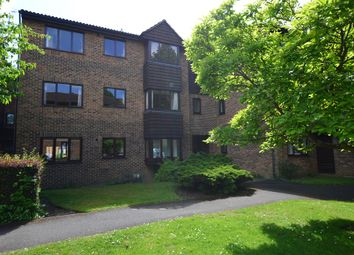 Thumbnail 1 bed flat for sale in Collingwood Place, Walton On Thames