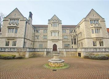 Thumbnail 2 bed flat to rent in Queensmere House, 16 Royal Close, Wimbledon Village