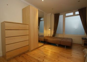 Thumbnail Studio to rent in Green Lanes, Newington Green