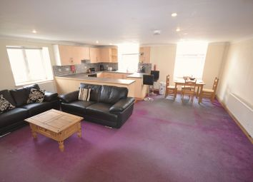 Thumbnail 2 bedroom flat to rent in Fountain Hall Terrace, Carmarthen