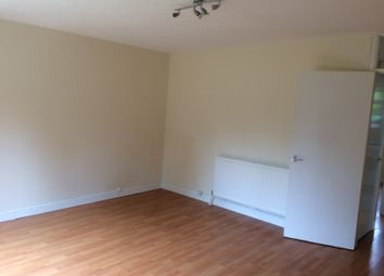 Thumbnail 1 bed flat to rent in Church Walk, Hayes