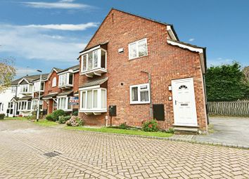 Thumbnail 2 bed flat for sale in Finkle Street, Cottingham