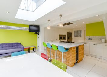 Thumbnail 5 bed detached house for sale in Tortoiseshell Way, Braintree, Essex