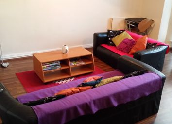 Thumbnail 2 bed flat to rent in North Hill Road, Headingley, Leeds