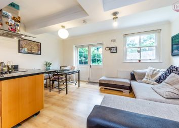 Thumbnail 2 bed flat to rent in Beatrice Road, Finsbury Park Stroud Green, London
