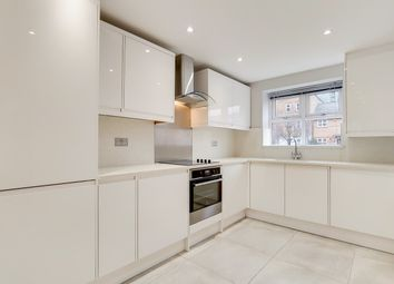 3 bed terraced house to rent in Basevi Way, London SE8