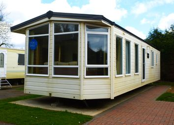 Thumbnail 2 bed mobile/park home for sale in Witham Bank, Chapel Hill, Lincoln