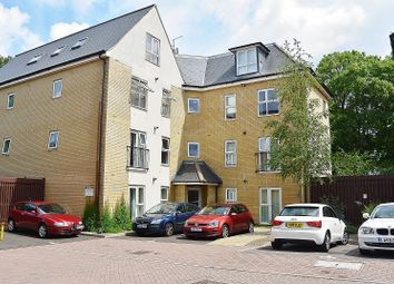 Thumbnail 2 bed flat to rent in Lindoe Close, Southampton