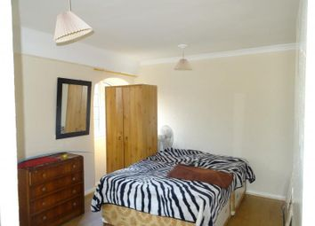 Thumbnail Property to rent in Winchelsea Road, London