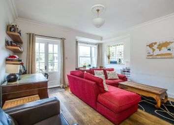 Thumbnail 3 bed flat to rent in Malwood Road, Balham