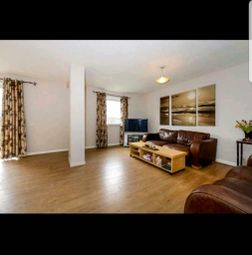 Thumbnail 3 bed flat to rent in Friern Prk, Finchley