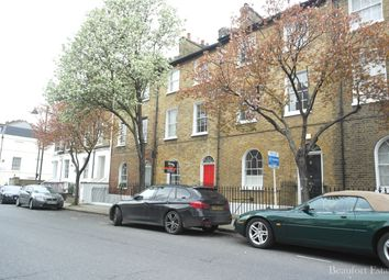 Thumbnail 1 bed flat to rent in Offord Road, Islington