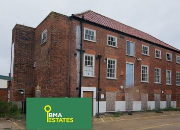 Thumbnail 2 bed town house for sale in Fish Market, Mountergate, Norwich