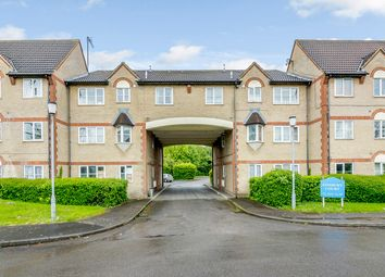 Thumbnail 2 bed flat for sale in Parkside, Waltham Cross