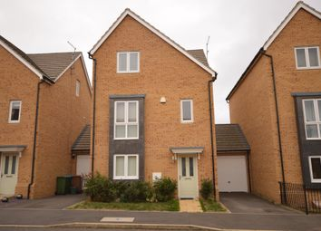 Thumbnail 4 bed detached house to rent in Breedon Drive, Aylesbury
