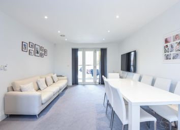 Thumbnail 2 bed flat to rent in Ashridge Close, Finchley