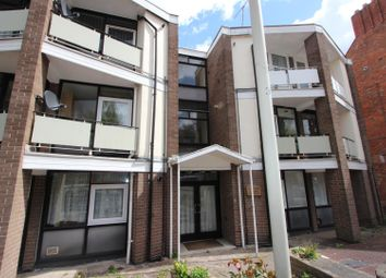 Thumbnail 2 bedroom flat to rent in Malvern Road, Leicester