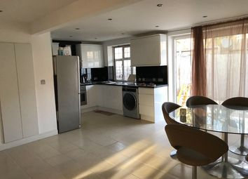 Thumbnail 3 bed bungalow to rent in Westbourne Close, Hayes