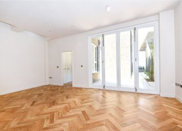 3 bed maisonette to rent in Arlington Road, Camden Town, London NW1