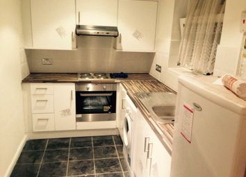 Thumbnail 1 bed flat to rent in Regents Park, London
