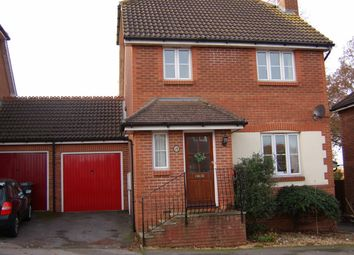 Thumbnail 3 bed link-detached house to rent in Lynton Close, Farnham