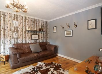 Thumbnail 1 bed flat for sale in Shepherds Mead, Hitchin
