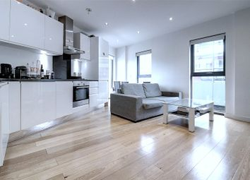 1 bed property to rent in Cayman Court, Salter Street, Canary Wharf, London E14