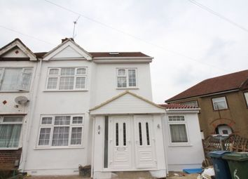 Thumbnail 3 bed flat to rent in View Close, Harrow