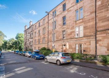 2 bed flat to rent in Livingstone Place, Sciennes EH9