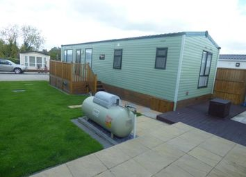 Thumbnail 2 bedroom mobile/park home for sale in Riverview Park, Cogenhoe, Northamptonshire, Northants