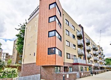 Thumbnail 1 bed flat to rent in Murray Grove, Islington, London