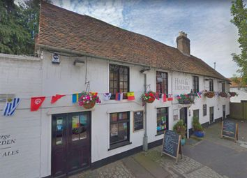 Thumbnail Pub/bar for sale in Hertfordshire - Affluent St. Albans Pub AL1, Hertfordshire