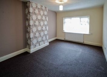 Thumbnail 2 bed flat to rent in Cross Street, Sale