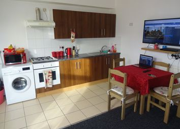 Thumbnail 1 bed flat to rent in Upperton Road, Leicester