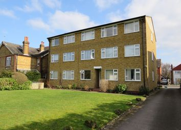 Thumbnail 1 bed flat to rent in Temple Road, Epsom
