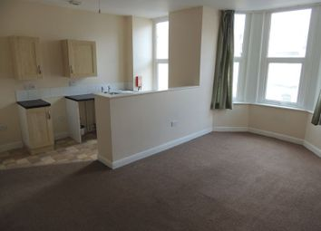 2 bed flat to rent in Greenclose Road, Ilfracombe EX34