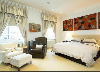 Thumbnail 5 bedroom flat to rent in Steeles Road, London