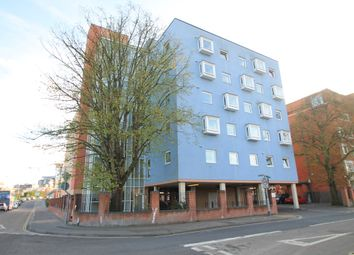 Thumbnail 1 bed flat to rent in Anglesea Terrace, Southampton