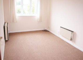 Thumbnail 1 bed flat to rent in Northern Road, Aylesbury