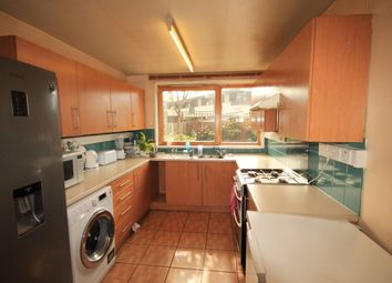 Thumbnail 3 bedroom flat to rent in Muir Road, London