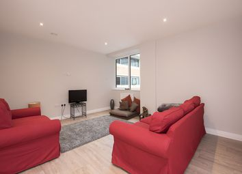 Thumbnail 1 bed flat to rent in Homestead Road, Rickmansworth