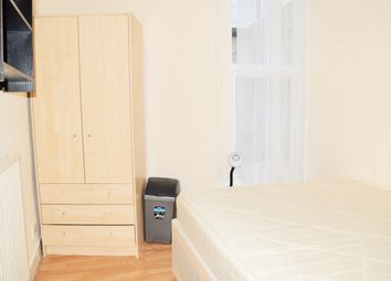 Thumbnail Room to rent in Woodside Road, Room 5, Wood Green