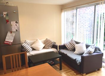 Thumbnail Room to rent in Grayswood Gardens, London